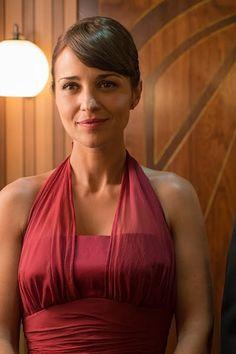 vestido rojo burdeos Paula echeverria galerias velvet