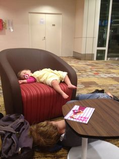 Lux and the Tommo sleepin in the airport! Isnt this adorable??!! Not only does she know the most talented people in the history of the world, but she gets to see them like everyday! I bet she doesnt know how lucky she is But is seriously still the cutest baby girl I have ever seen EVER! <3 <3 <3 <3 <3 <3 <3 <3 <3 <3