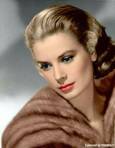 Grace Kelly - Hollywood star become Princess Grace of Monaco in 1956 when she married Prince Rainier Grace Kelly Mode, Grace Kelly Style, Hollywood Icons, Hollywood Glamour, Classic Hollywood, Old Hollywood Stars, Divas, Actrices Blondes, Hollywood Actresses