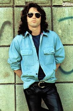 Jim Morrison - Griffith Observatory, Los Angeles Photo by Paul Ferrara Rock And Roll History, El Rock And Roll, Music Love, Music Is Life, Jim Morison, Rock Y Metal, The Doors Jim Morrison, Into The Fire, American Poets