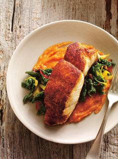 Ricardo& recipe: seared spiced fish with carrot purée. Dog Recipes, Fish Recipes, Seafood Recipes, Dinner Recipes For Kids, Healthy Dinner Recipes, Healthy Snacks, Eating Healthy, Dinner Ideas, Seafood Dishes