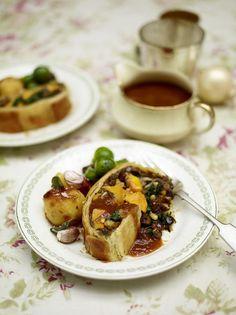 Mushroom and squash vegetarian Wellington (i will tweak this to make it vegan)