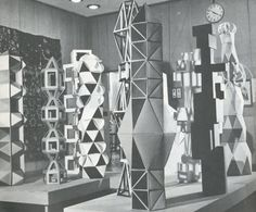 Paper: Folded, Cut, Sculpted by Florence Temko, Collier Books, 1974