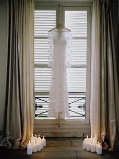 contax 645 | fuji 400h | film | Temperley London Bridal | photo by www.romanceweddings.co.uk