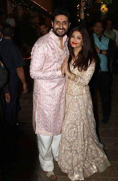 Aishwarya Rai Bachchan and Abhishek Bachchan at Bachchan Diwali Bash Aishwarya Abhishek, Aishwarya Rai Cannes, Actress Aishwarya Rai, Amitabh Bachchan, Dress Neck Designs, Blouse Designs, Desiner Sarees, Lucknowi Kurta, Wedding Dress Men