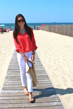 Coral top, white jeans, turquoise jewelry. (Premier Designs Resort necklace would go perfect!)