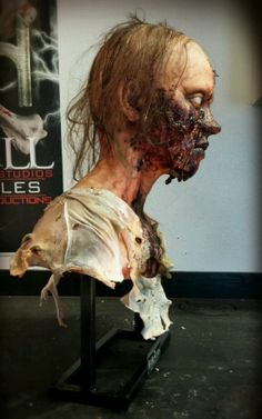 THE WALKING DEAD TRIBUTE ZOMBIE BUST HEXHILL STUDIOS GORE PROFX BLIX
