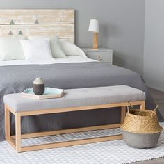 Soon banqueta Comfy Bedroom, Bedroom Decor, Furniture Makeover, Cool Furniture, End Of Bed Bench, White Rooms, Shabby, Interior Design, Home Decor
