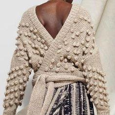"K N I T (@k.n.i.t) su Instagram: ""This @laura_siegel cardigan #knit #knitting #knitspo #knittersofinstagram #knittingaddict…"""