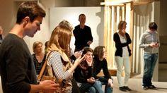 Das SRF über den ersten #Tweevening: Kultureinrichtungen entdecken das #Web und #Social Media langsam für sich: Das Historische Museum Basel lud zu einem #Tweetup ein. Ein Museumsbesuch der anderen Art. #Web2.0 #Museum #Kultur #srf