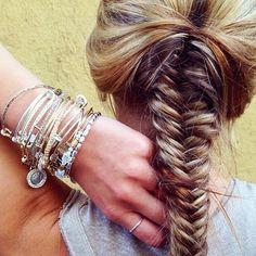 Loving this fishtail braid & ALEX AND ANI charmed arm!
