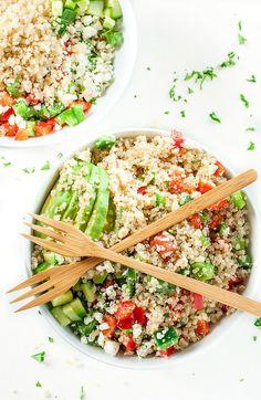 10. Greek Quinoa Bowls #grainbowl #healthy #recipes http://greatist.com/eat/grain-bowl-recipes-healthy-dinner-ideas