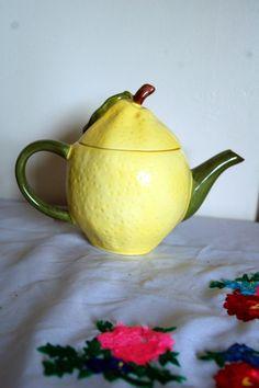 Lemon Teapot