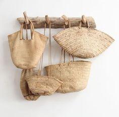 I want these woven bags! I want these woven bags! Use E Abuse, Basket Bag, Estilo Boho, Home And Deco, Rattan, Straw Bag, Burlap, Reusable Tote Bags, Woven Bags