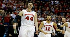 Good shooting and the play of Frank Kaminsky propel Wisconsin Badgers into Elite Eight