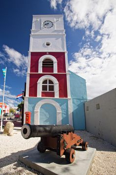Willem III Tower at Fort Zoutman, Oranjestad, Aruba | Get Ready For Another Week In Paradise | View Vacation Packages!