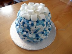 21st Birthday Blue button cake