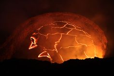 Lava lake reaches record height on highly active Hawaiian volcano (Photo: Tim Orr / USGS)