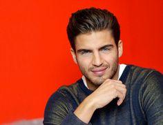 Maxi Iglesias Maxi Iglesias, Brazil Men, Beautiful Men, Sexy Men, Gentleman, Dj, Rings For Men, Handsome, Actors
