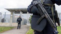 IS-leden opgepakt in Duitsland om plannen aanslag | NOS