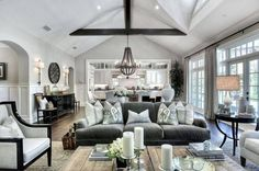 HAMPTONS LIVING DECOR | Great light in this room