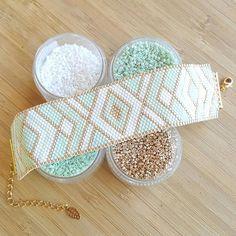 Miyuki delica beads handwoven Cuff Bracelet / / Peyote Stich /