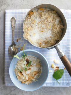 Porridge schmeckt auch mit Naturreis! Besonders lecker wirds mit getrockneter Mango und Kardamom | Kalorien: 269 Kcal - Zeit: 25 Min. | http://eatsmarter.de/rezepte/naturreis-porridge
