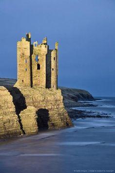"creativetravelspot:  ""Old Keiss Castle, Caithness, between John O'Groats and Wick, Scotland, United Ki…  """