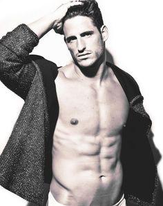"""Adrian Gallardo, """"a raising Star"""" El Modelo masculino en estado puro ver: http://lookandfashion.hola.com/aloastyle/20130925/adrian-gallardo-en-estado-puro-a-raising-star/ ♥"""