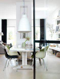 Newly built house in IJburg Photographer: fotolemaire.nl | Stylist: Cleo Scheulderman