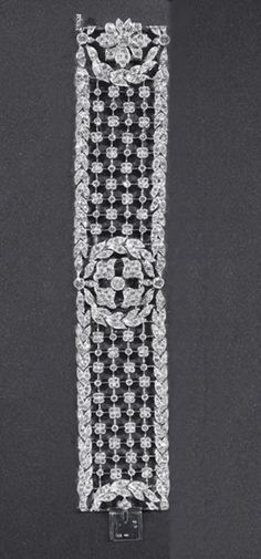 CARTIER Cartier Paris Important Marquise Diamond Parure image 9