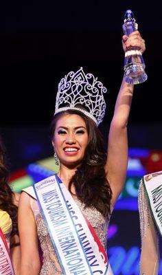 Rizzini Alexis Gomez -- 2012 Miss Tourism International Winner