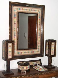 I want a mirror like this, but what are those things on the sides? Orange Flats, Cross Stitch Tutorial, Palestinian Embroidery, Bargello, Mediterranean Style, Crossstitch, Cross Stitch Embroidery, Folk Art, Sewing Patterns