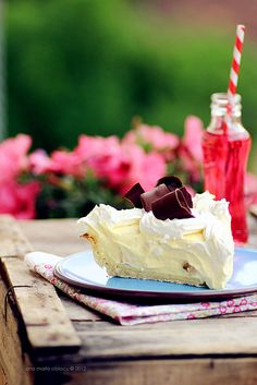 Banana Cream Pie (scroll down for english version) Great Desserts, Holiday Desserts, Delicious Desserts, Yummy Food, Banana Pie, Banana Cream, Pie Dessert, Dessert Recipes, Eating Bananas