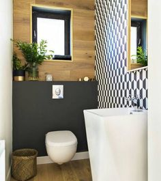 a tony guest toilet with a geometric wall, a free standing sink, a plywood and matte black wall plus a black framed window Small Toilet Room, Guest Toilet, Downstairs Toilet, Small Bathroom, Bathrooms, Decor Interior Design, Room Interior, Interior Design Living Room, Interior Decorating