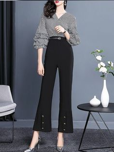 Jumpsuits - Shop Affordable Designer Jumpsuits for Women online Stylish Work Outfits, Cute Casual Outfits, Fashion Pants, Fashion Dresses, Uniqlo Women Outfit, Korean Fashion Work, Oki Doki, Corporate Attire, Designs For Dresses