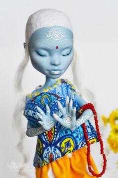 Custom Monster High Doll OOAK Abbey Bominable