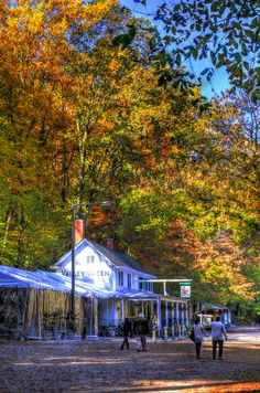 Valley Green Inn, Wissahickon Creek, Fairmount Park, Philadelphia, Pennsylvania