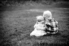 Sibling photography; toddler photography