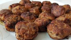 The most delicious meatballs ! Sweets Recipes, Meat Recipes, Cooking Recipes, Desserts, Garlic Pizza, Tasty Meatballs, Baking Videos, Food Platters, Greek Recipes