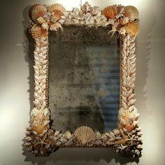 'Coquillages', miroir mural. XXÈME siècle.