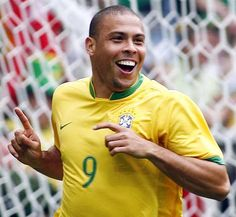 Ronaldo-One of the greatest player's to ever play for the Brazilian soccer team