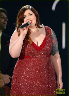Mary Lambert was stunning at the #Grammys last night in this sparkling red formal gown. Her beauty on stage matched her gorgeous voice as she sang Same Love with Macklemore, Madonna and Queen Latifah. Love this #Curvy singers style!