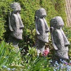 Fiona Scott Figur Moai Osterinsel Statue: Alle Figuren/Skulpturen von der englischen Künstlerin Fiona Scott sind aus or... - gefunden auf www.country-garden.de