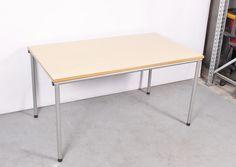 Ahrend vergadertafel, 4 poots model, 140 x 80 cm, ahorn blad