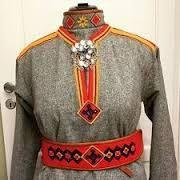 Bilderesultat for lyngenkofte Lappland, Traditional Dresses, Handicraft, Vikings, Scandinavian, Graphic Sweatshirt, Sweatshirts, Sweaters, Oc
