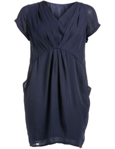 V-neck chiffon dress in Dark-Blue designed by Manon Baptiste to find in Category Dresses at navabi.de