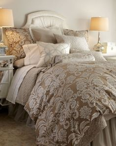 so pretty! want this to be our guest bedroom!