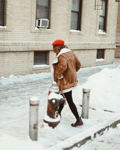 """12 Likes, 1 Comments - J E N   H S I E H (@jennifhsieh) on Instagram: """"Walking away from this snow shit like, """"BYE YA BISH.""""    