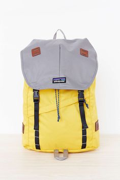 Patagonia Arbor 26L Backpack US$99:  18 (45.72) x 11 (27.94) x 6 (15.24) inches, 618g, coated (durable water repellent) finish